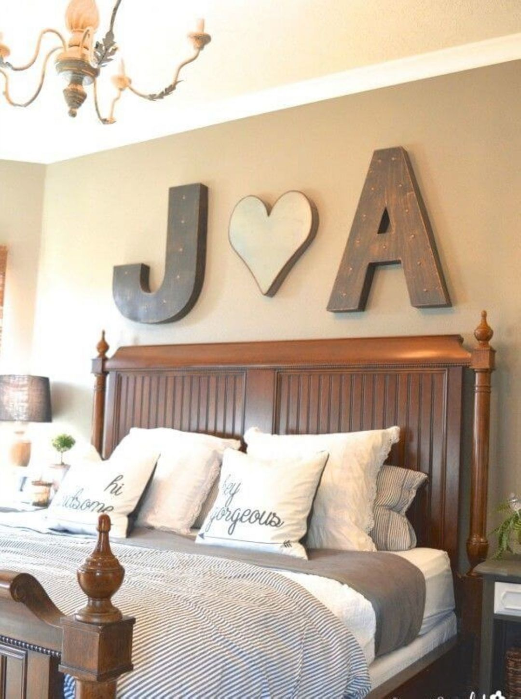10 Gorgeous Farmhouse Bedroom Design Ideas For For Your Comfortable Sleep