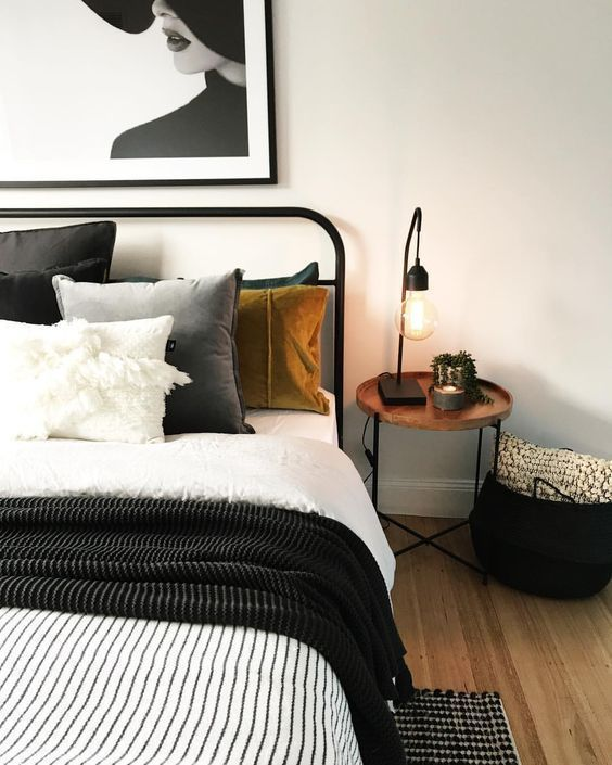 12 Cozy Bedroom Ideas that Guess Next Year's Color Trends