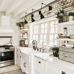 15 Best Awesome Farmhouse Kitchen Decorating Style Ideas You Need To Try