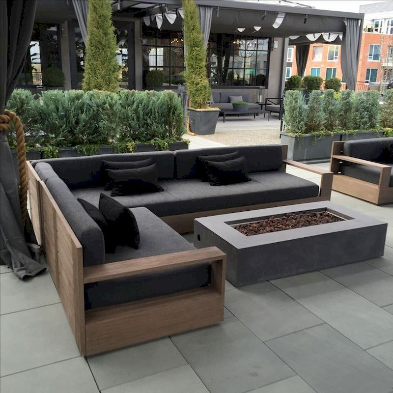 45 Cool DIY Outdoor Couch Ideas to Enjoy Your Relax Moment Outside The House – petrolhat.com