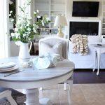 Pedestal Kitchen Table Makeover