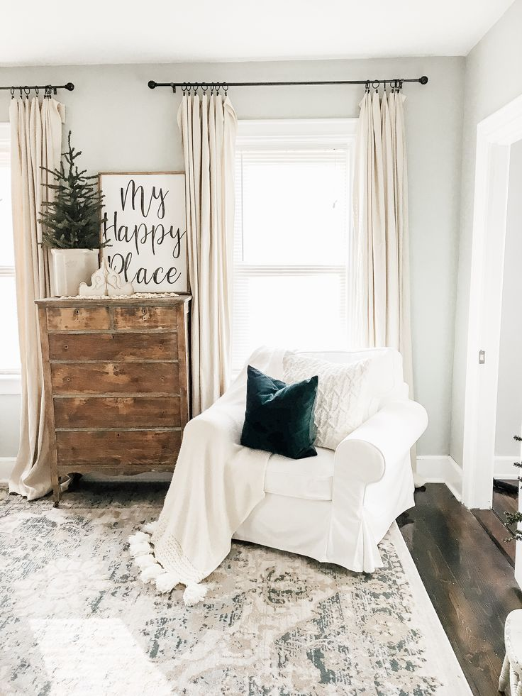 Simple Winter Living Room | How to Decorate After Christmas