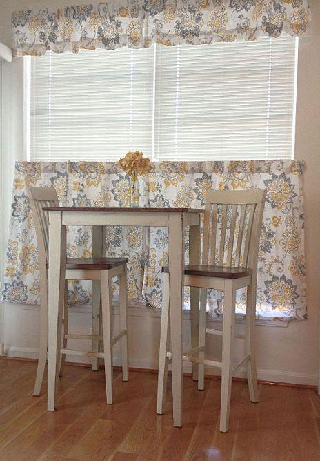 Farmhouse Chic Breakfast Table
