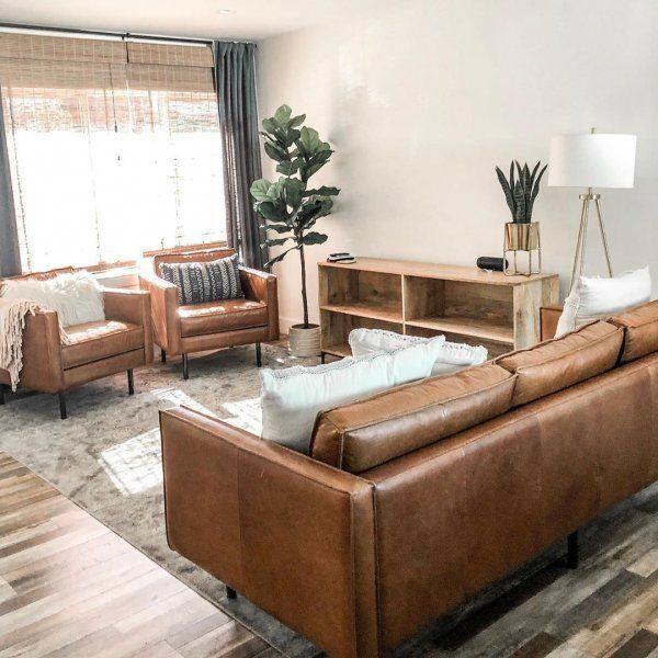 Axel Leather Sofa (89″)