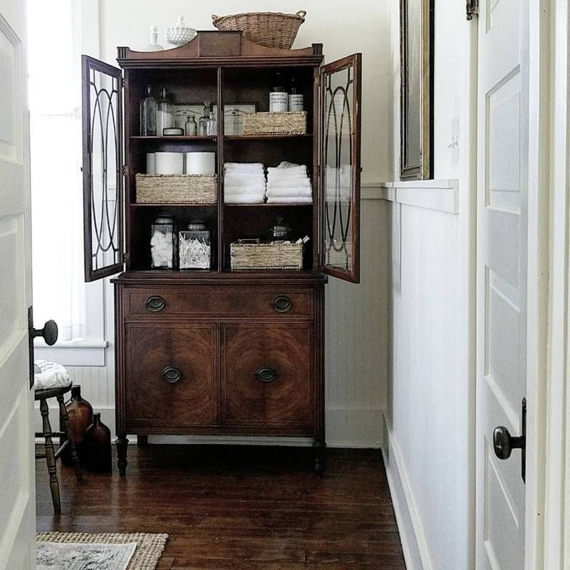 40 Ways to Decorate with Antique Furniture in the Bathroom – The Glam Pad