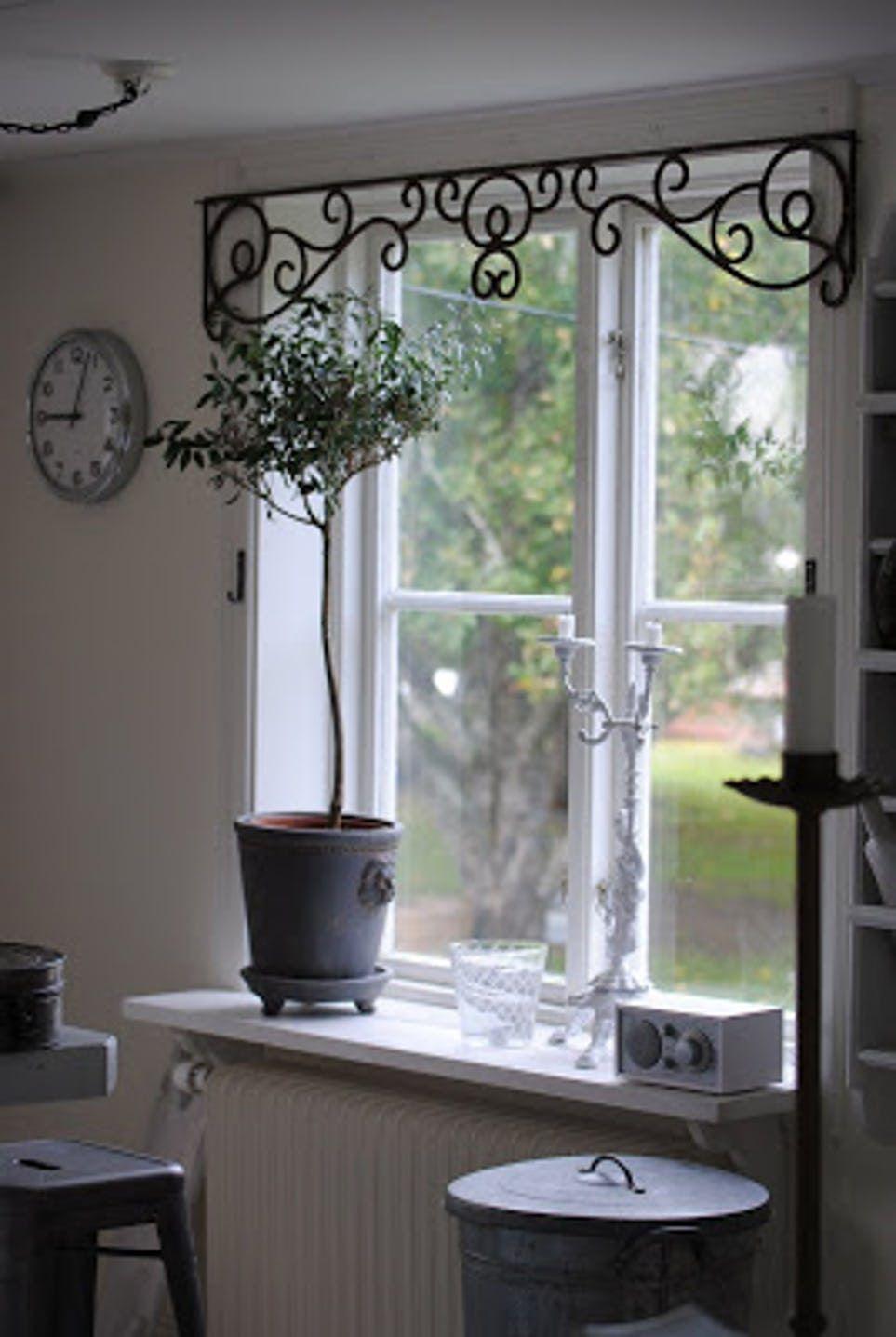 20 Creative Window Treatments
