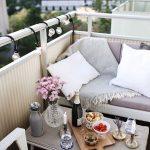 24 Chick and Stylish Apartment Balcony Ideas