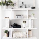 26 Cute Bookshelf Decor Ideas - Captain Decor