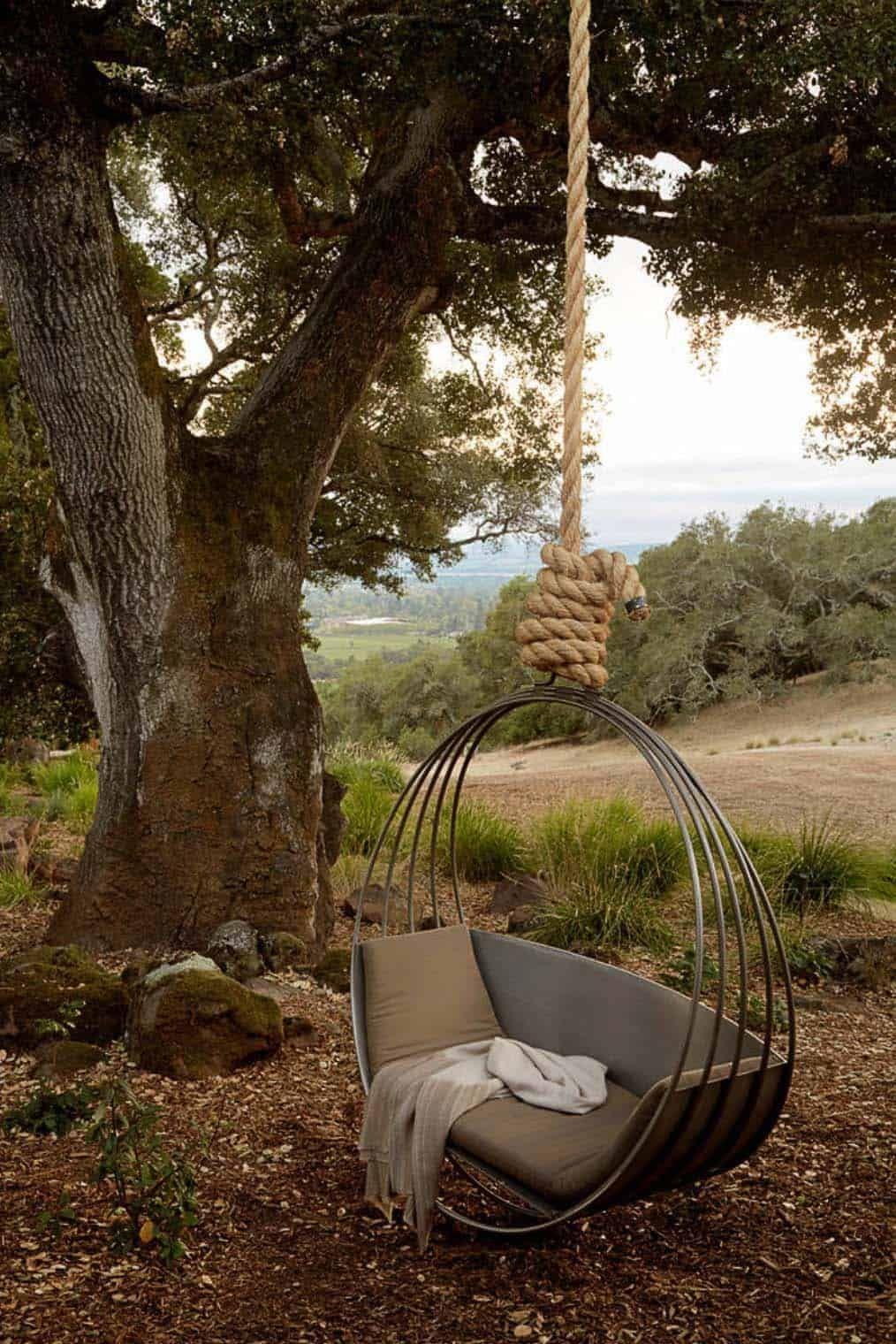 27 Absolutely fabulous outdoor swing beds for summertime enjoyment – https://pickndecor.com/interior