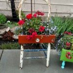 28+ Creative Upcycled DIY Chair Planter Ideas For Your Garden