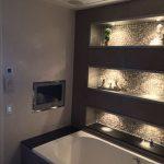 30+ Beste DIY Tv Design-Ideen, die sich im Badezimmer für entspannende Spa-Mome...