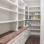 38 DIY Farmhouse Pantry Shelves