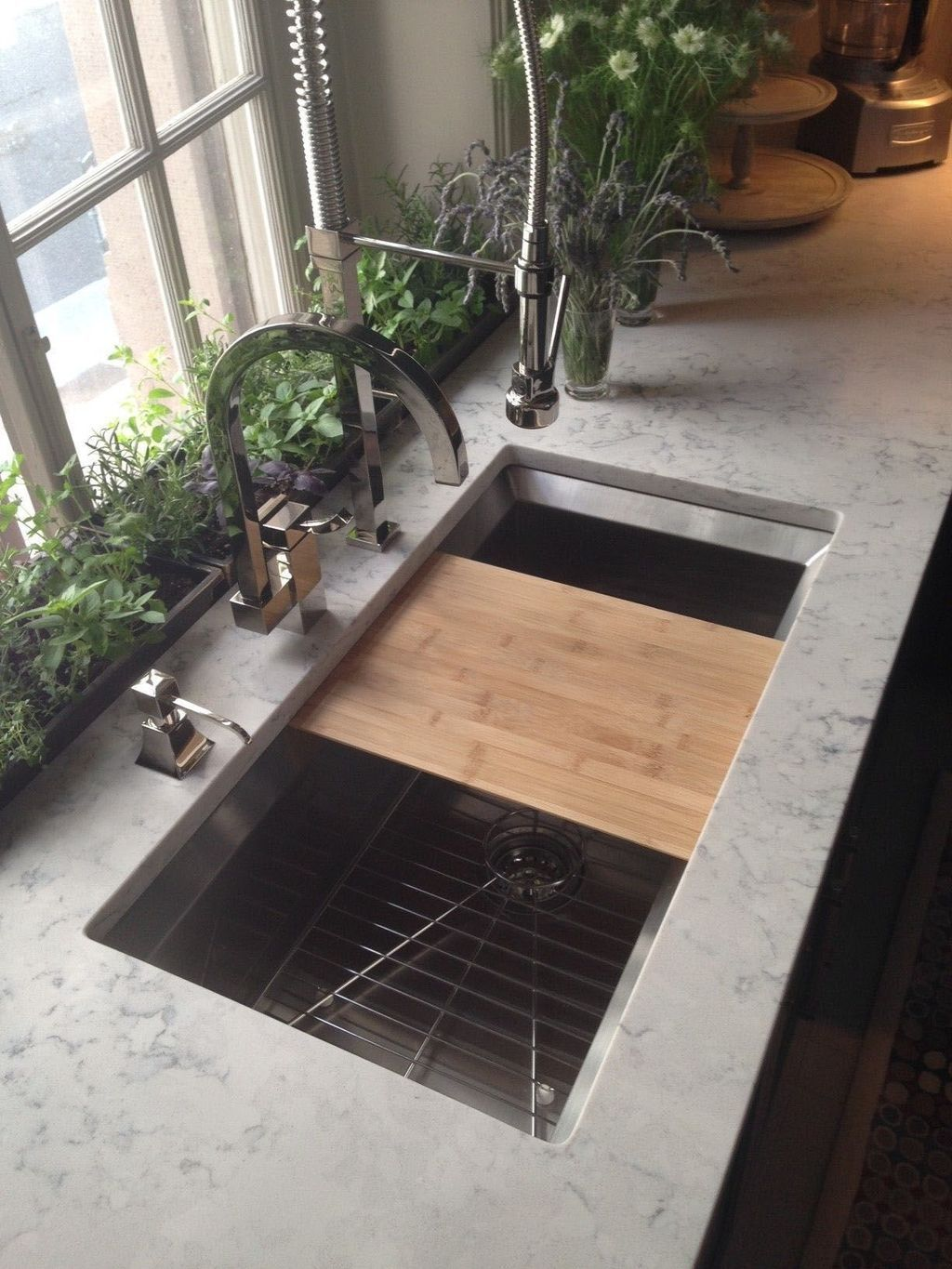 40+ Latest Kitchen Sink Ideas For Upgrade Your Kitchens