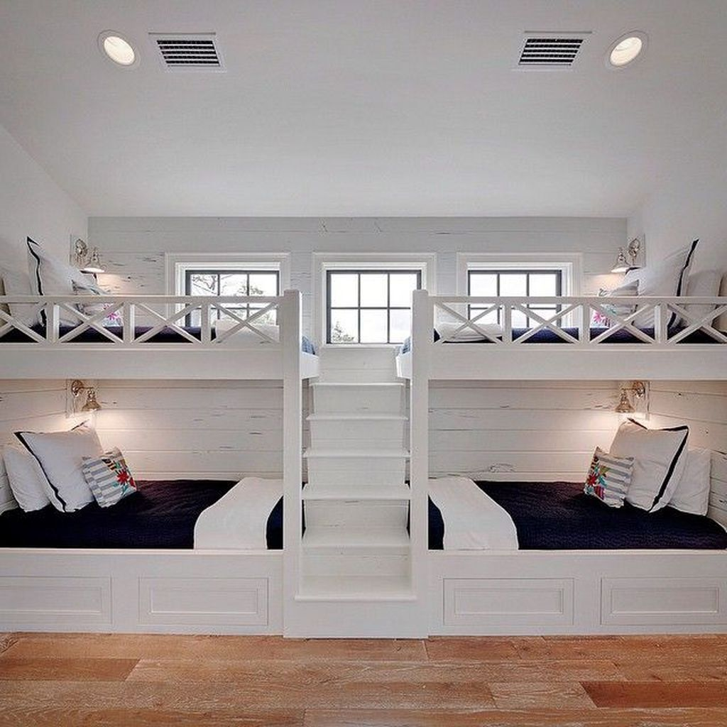 40 Pretty Bunk Beds Ideas With Wooden Wall