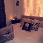 45 meilleures idées de design de chambres à coucher modernes #modernbedroom Modern Bedroom #Screen … - https://pickndecor.com/fr