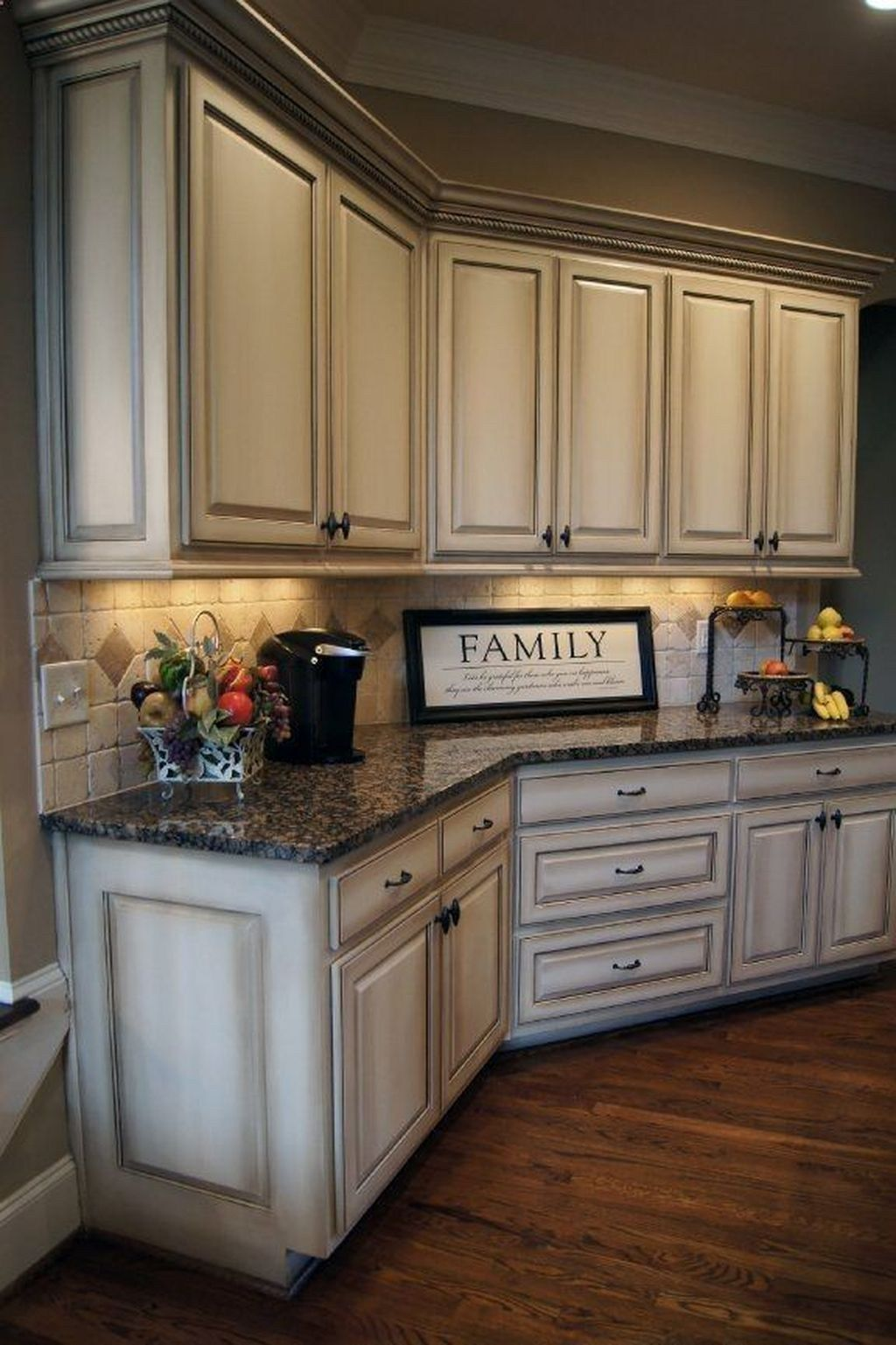 46 Amazing Painted Kitchen Cabinets – Trendehouse