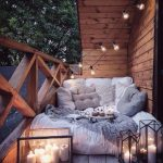 5 Simple Ideas To Make Your Apartment Insanely Cozy This Fall
