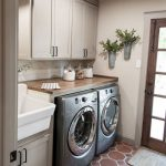 67+ Nice Farmhouse Laundry Room Design Ideas
