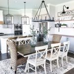 70 Gorgeous Farmhouse Dining Room Table Decor Ideas - redecorationroom