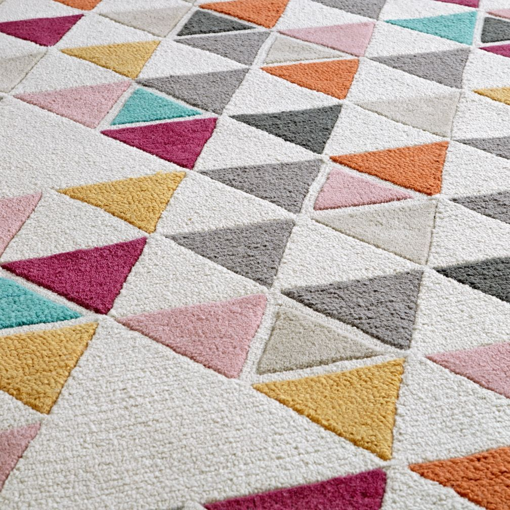 8 x 10′ Triangle Rug + Reviews | Crate and Barrel