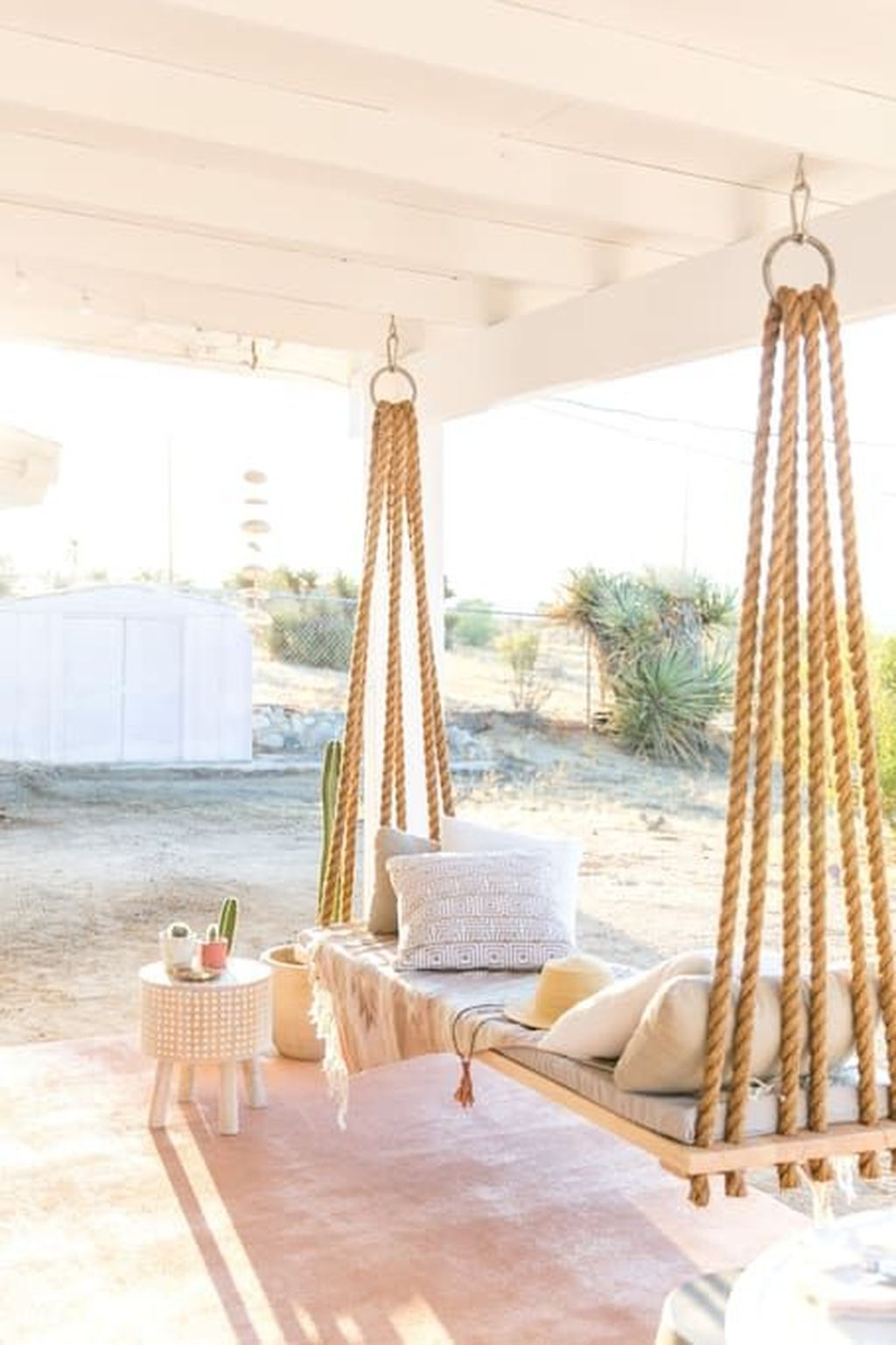 85 Relaxing Farmhouse Porch Swing Ideas – DoMakeover.com