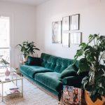 BOHO STYLE: THE GREEN VELVET SOFA – 6 STYLISH OPTIONS