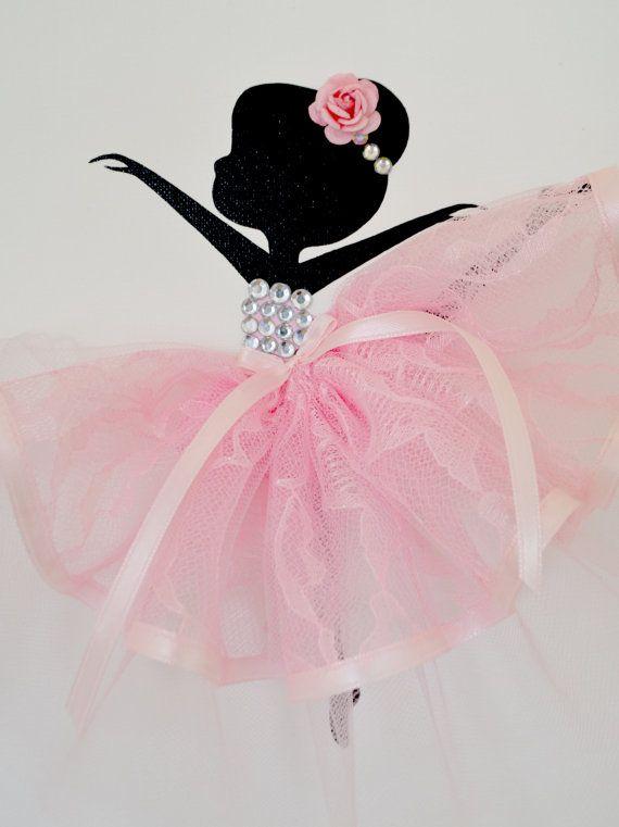 Ballerina-Kinderzimmer-Wand-Kunst in rosa und weiß. Mädchen Zimmer Dekor.