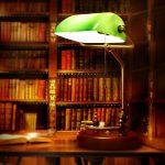 Bankers-desk-lamp-table-light-Green-glass-cover-birch-wood-base.jpg (608×610)