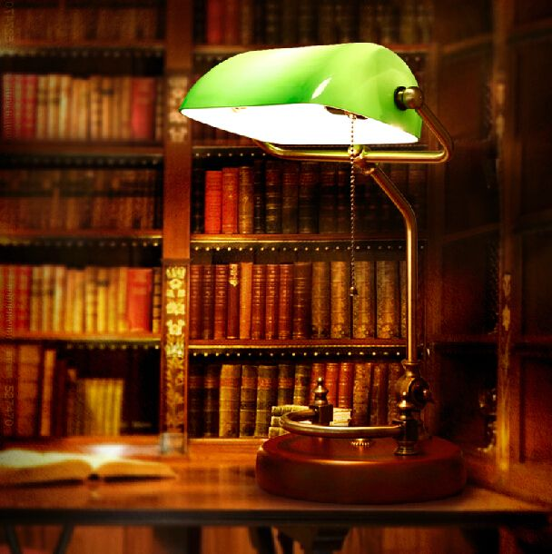 Bankers-desk-lamp-table-light-Green-glass-cover-birch-wood-base.jpg (608×610)