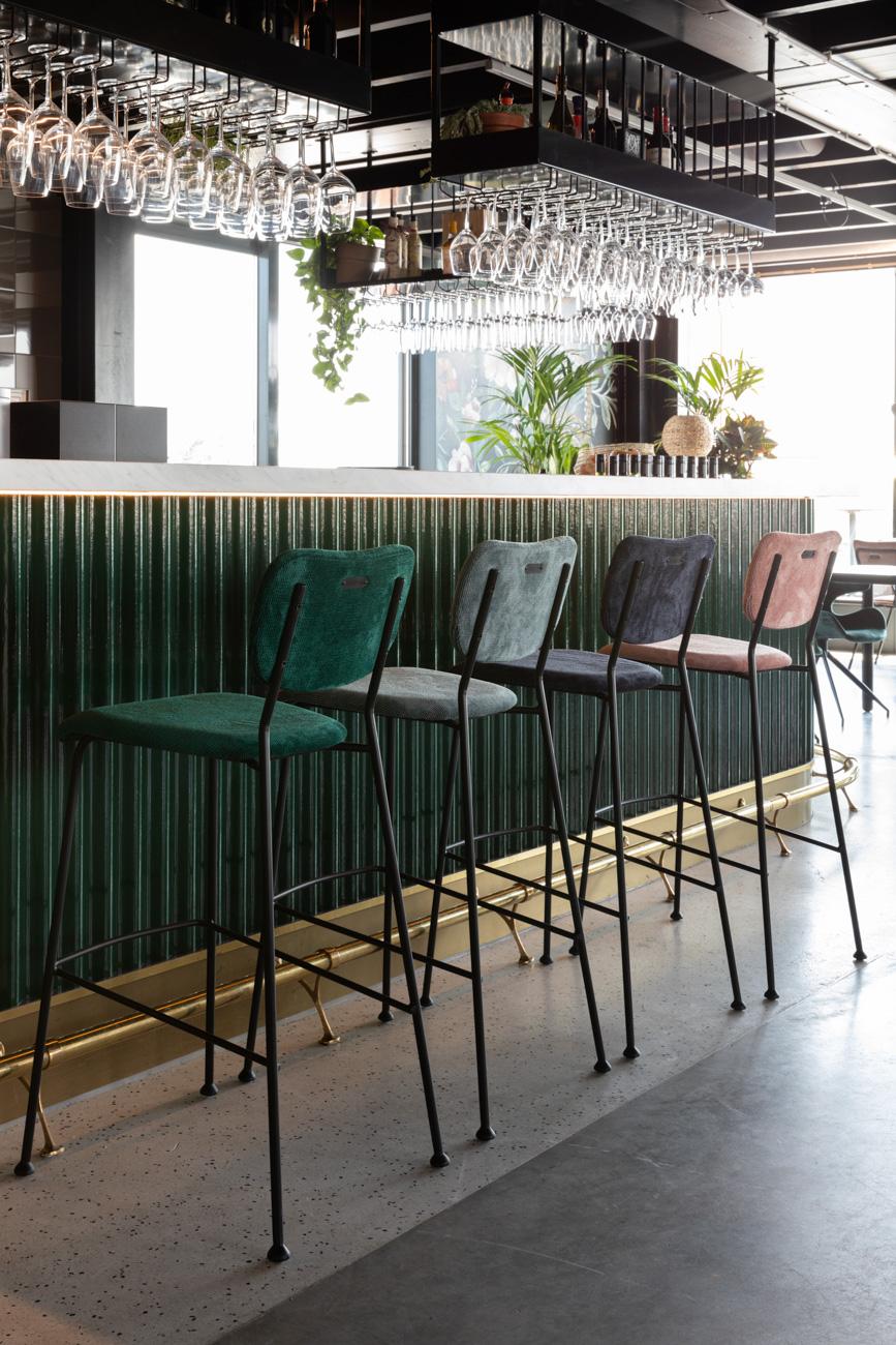Benson counter stool + barstool – Zuiver