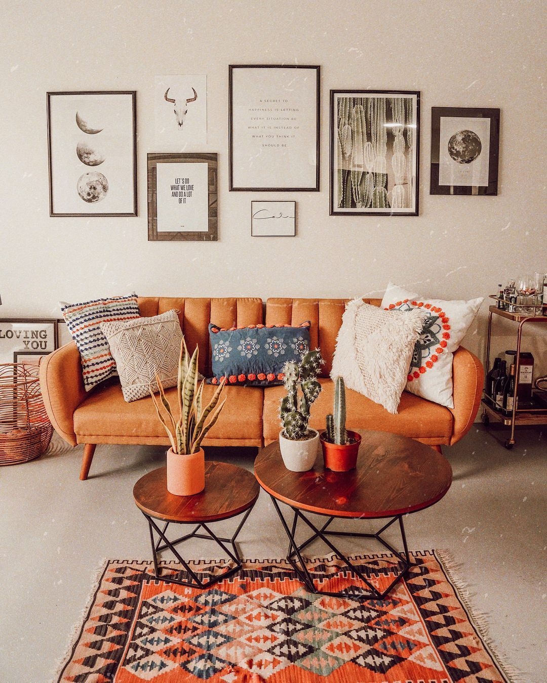 Creative Coffee Table Decorations Help You to Decorate Living Room – Interior Design Ideas & Home Decorating Inspiration – moercar