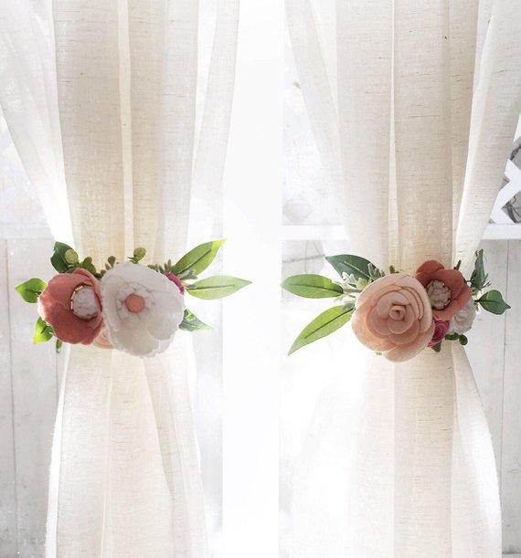 Curtain Tie Backs (SET OF 2) || Felt Flowers || Felt Curtain Tie Backs || Nursery Decor || Rifle Paper Co || Curtains || Floral Nursery