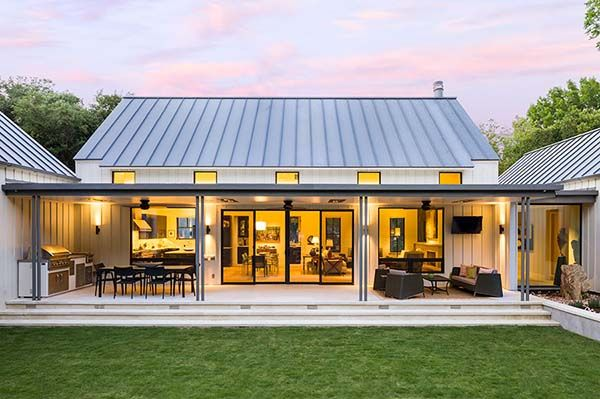 Dream House Tour: An exceptional modern farmhouse in rural Texas