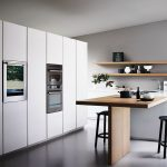 Etched glass and oak fitted kitchen with island MAXIMA 2.2 - COMPOSITION 5 By Cesar
