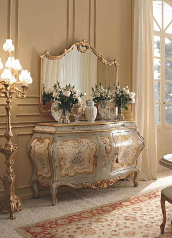 French Country Home: Photo