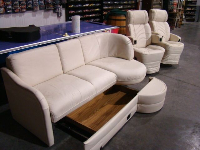 Give Your Old RV A Facelift: Replace The RV Furniture | The RVing Guide