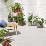 How to Choose Outdoor Stone Tiles - worldefashion.com/decor
