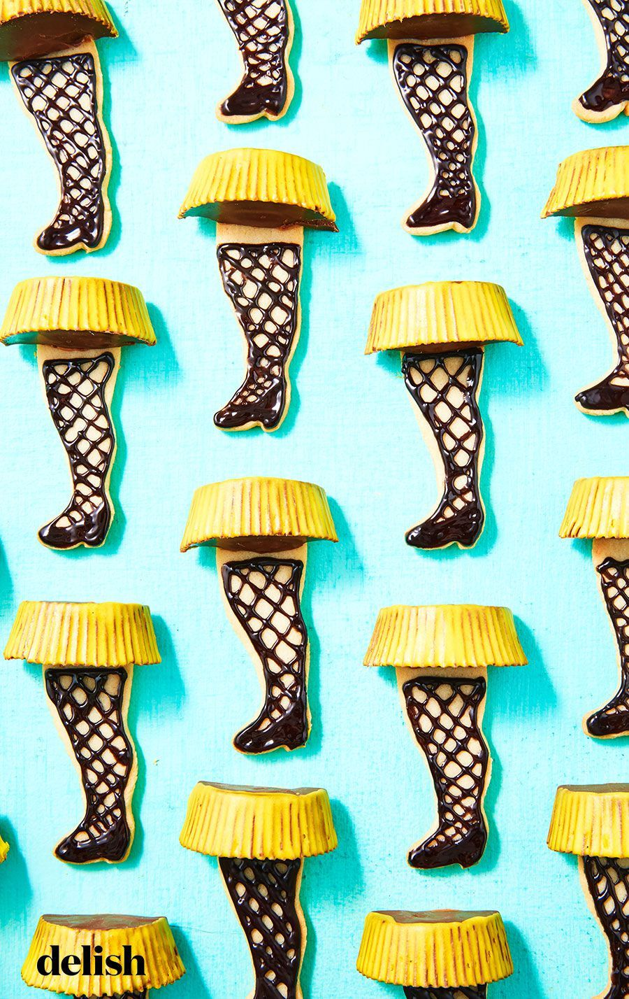 Leg Lamp Cookies Will Glow From Your Living Room