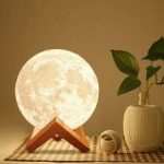 Luna Moon Touch Lamp