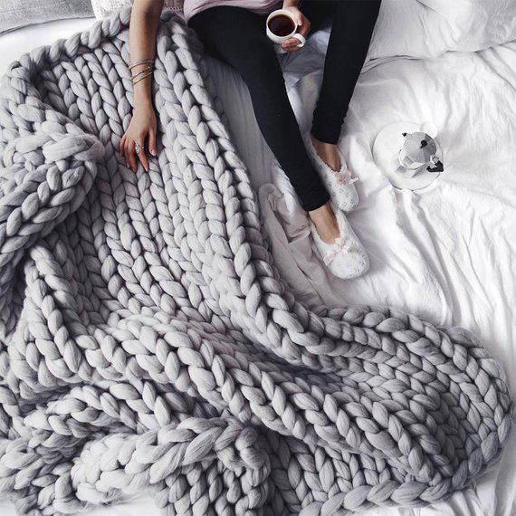 Merino Wool Chunky Knit Blanket Super Giant Bulky Yarn Handmade 100% Natural Eco-Friendly Arm Knit Chunky Throw Blanket Roving Fiber