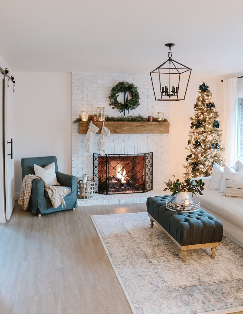 Modern Farmhouse Christmas Living Room with Navy + Copper + Rose Gold – 1111 Light Lane