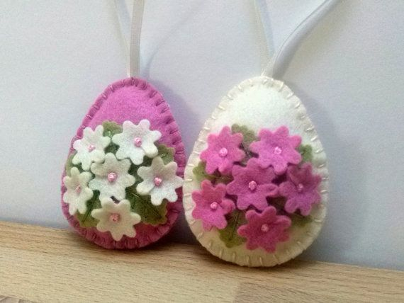 READY TO SHIP / Felt Easter decoration, pink and ivory eggs with bunny and butterflies or flowers, Easter ornaments – set of 2 or 8