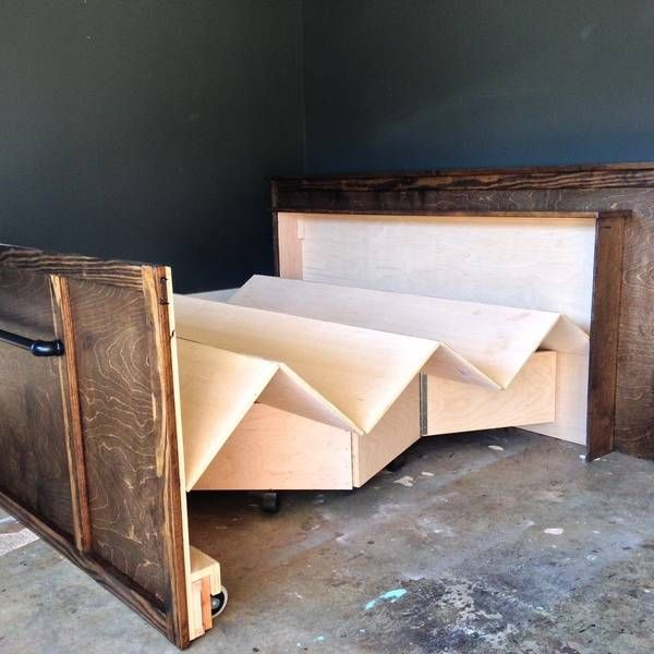 RYOBI NATION – Fold Away Bed