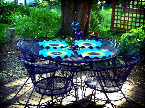 Reader Re-Do: A Colorful Patio Furniture Makeover