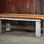 Reclaimed Barnwood Furniture - http://www.otoseriilan.com