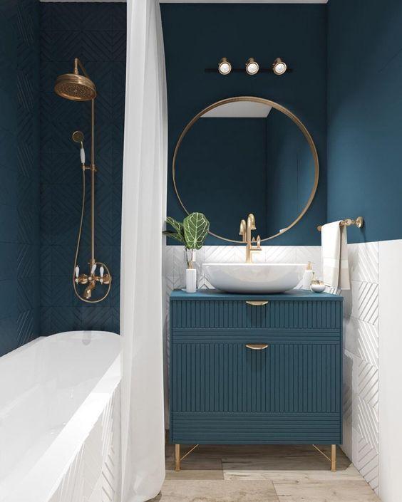 Remodelling Small Bathroom Design