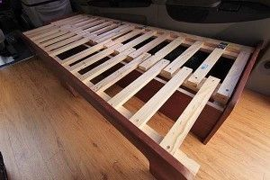 Sofa bed / pull-out bed in the out position for sleeping. Tutorial by Carlos Alc…