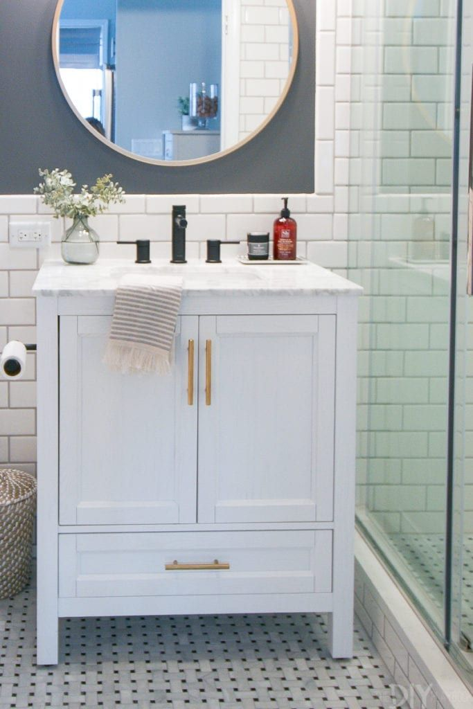 Storage Solutions for our Small Bathroom Space – DIY Playbook