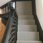 Tapis coureur dans les escaliers avec atterrissage