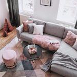 Tapis gris dans le salon